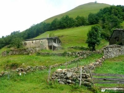 Senderismo Valles Pasiegos, Cantabria; viajes fin de año fines de semana la barranca
